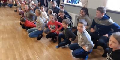 Lejaskurzemes folkloras kopu rotaļu mēģinājums