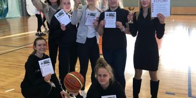 Sacensības basketbolā jaunietēm
