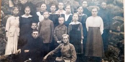 100 gadu vecas skolēna liecības